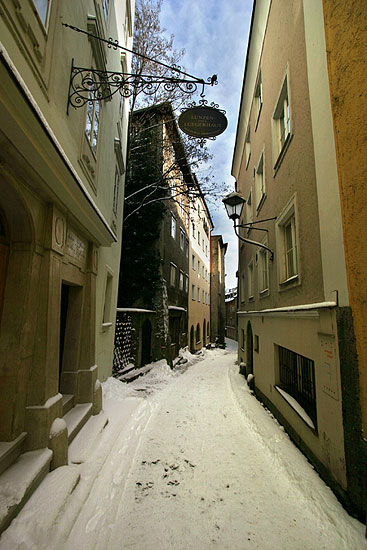The medieval Steingasse lane in winter